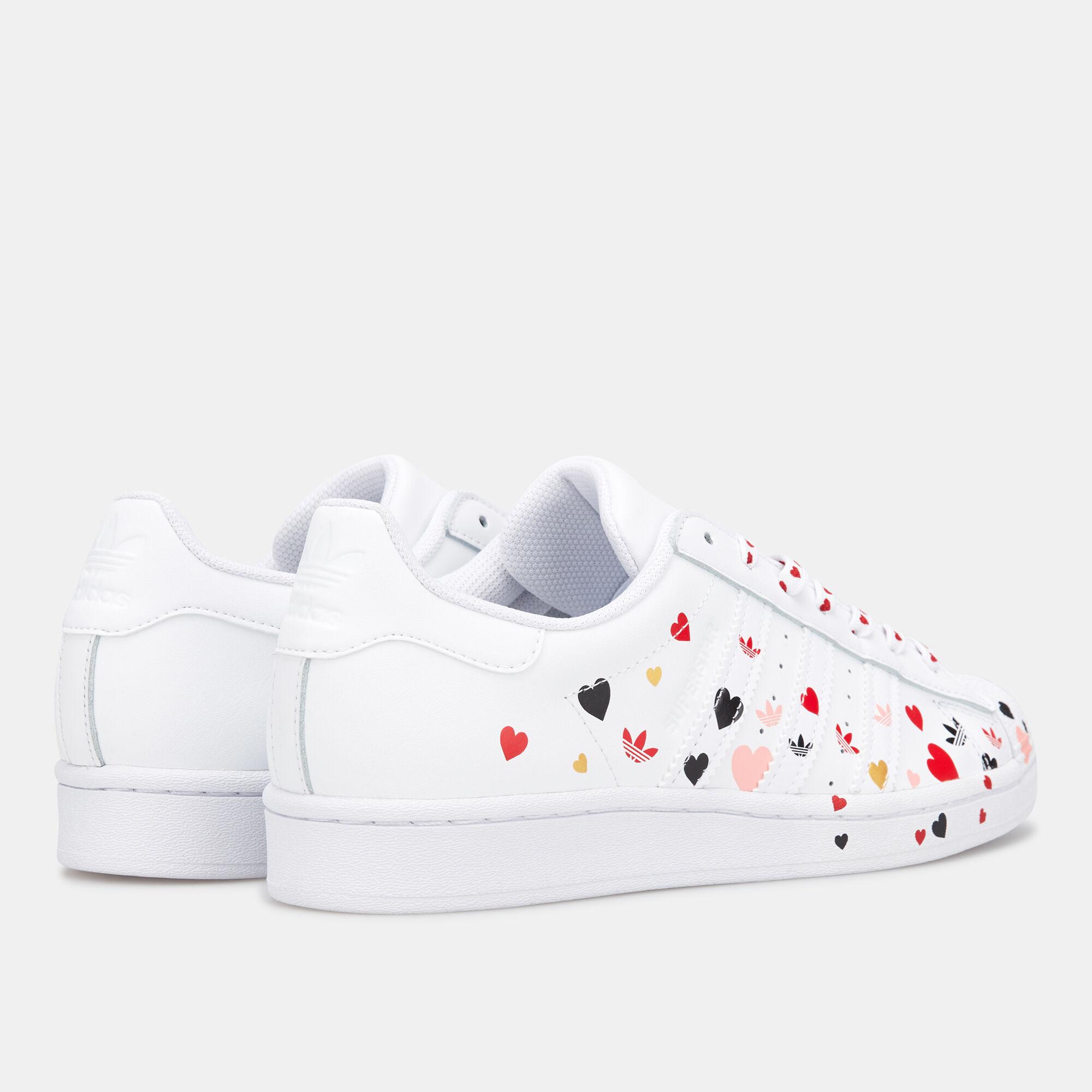 nike superstar shoes